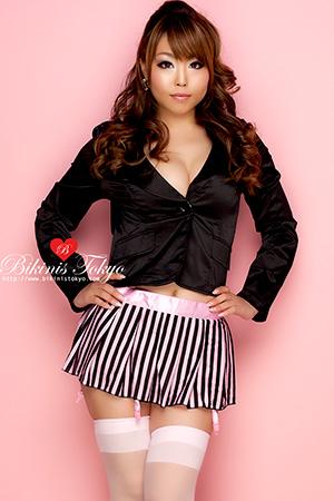 Schoolgirlガーター付きスカートとジャケットセット