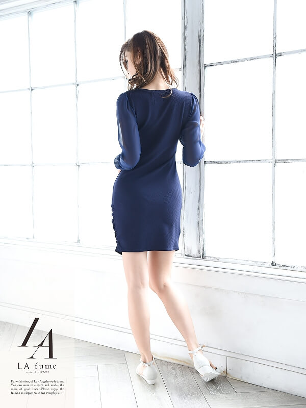 スナックでぴったりなワンピースドレス